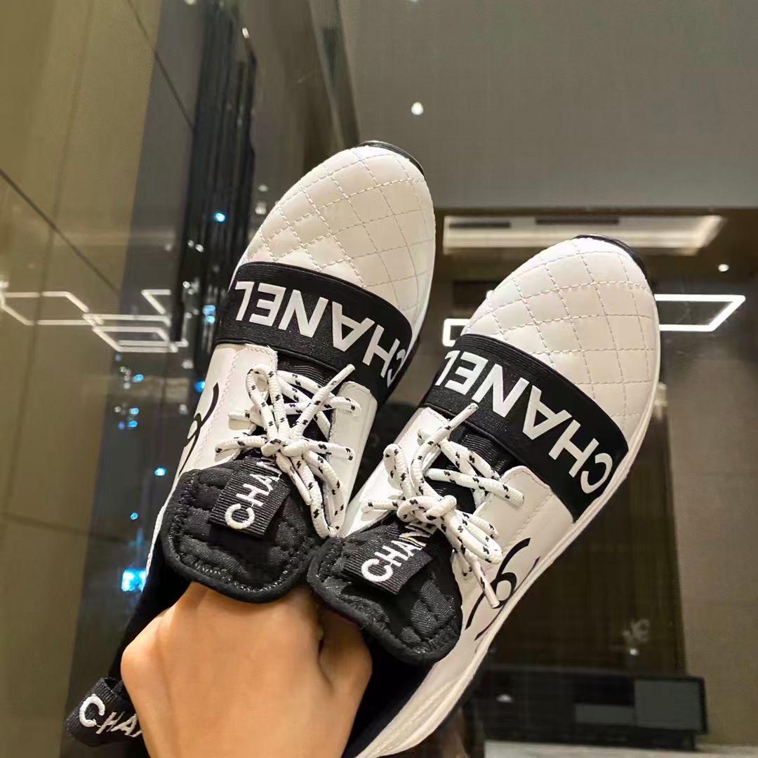 Chanel Кроссовки женские