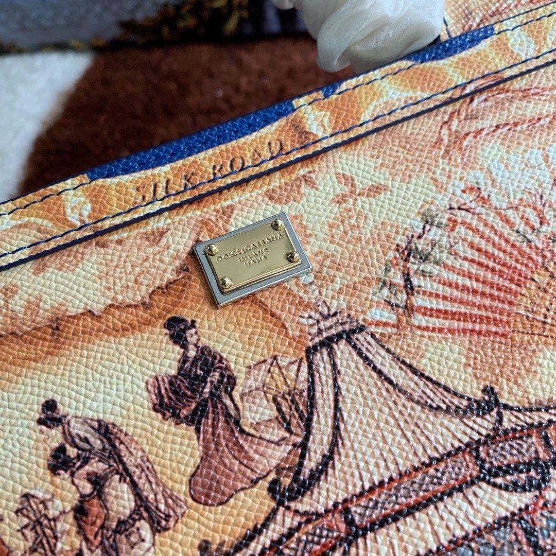 Dolce & Gabbana Сумка 215591
