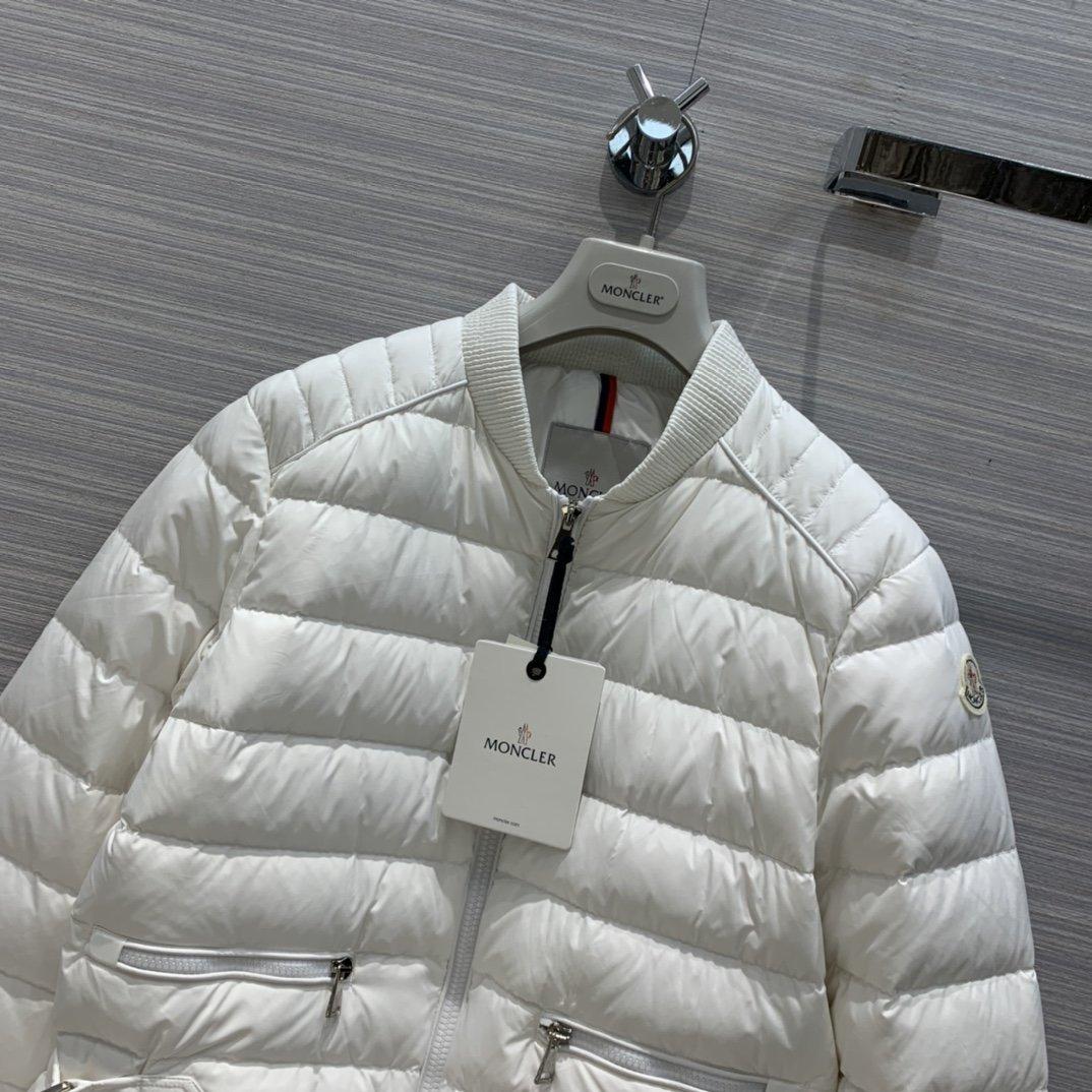 Moncler Куртка 186331