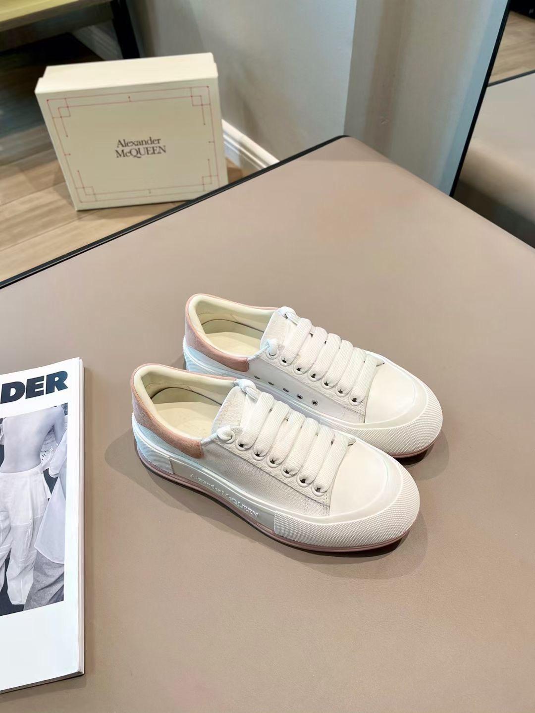 Alexander McQueen Кеды белые, коллекция 2021