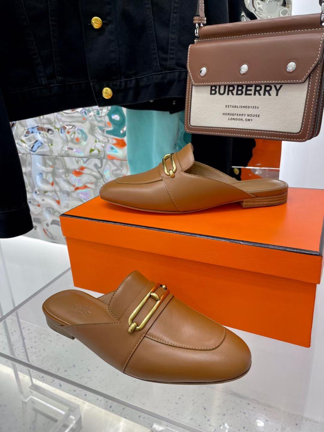 Hermes Женские туфли с открытой пяткой, коричневые