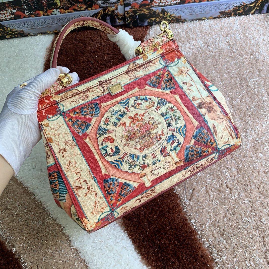 Dolce & Gabbana Сумка 215593