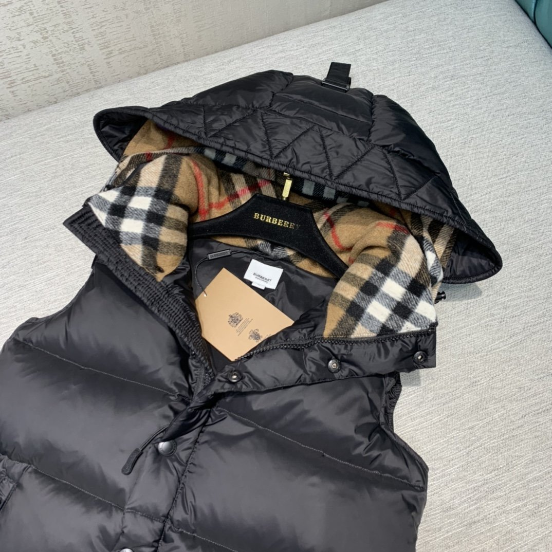 Burberry Куртка 200136