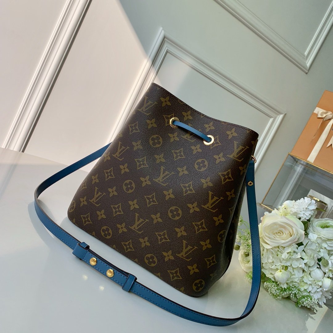 Louis Vuitton Сумка 215679