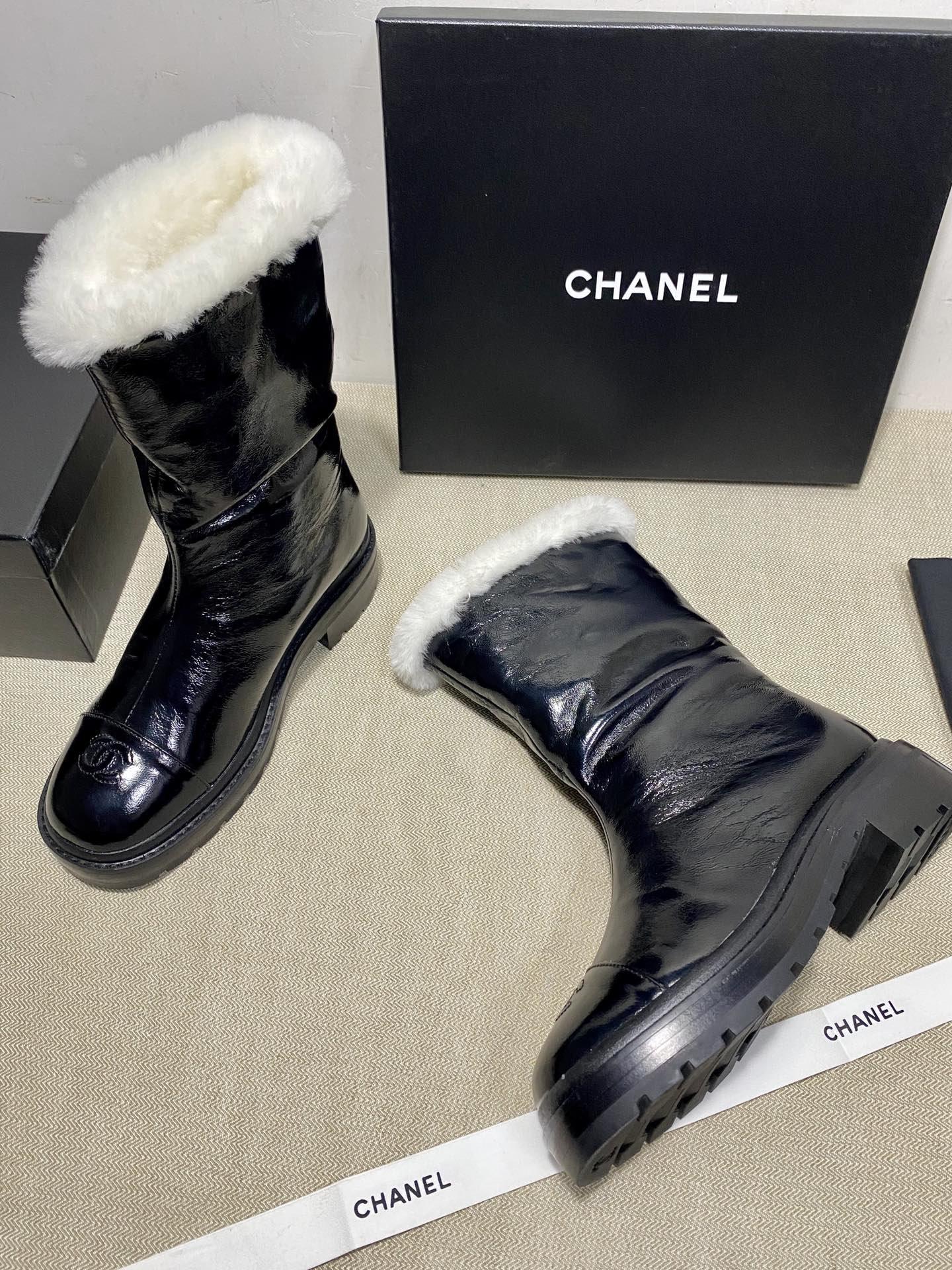 Chanel Сапоги черные из натуральной конской кожи + мех