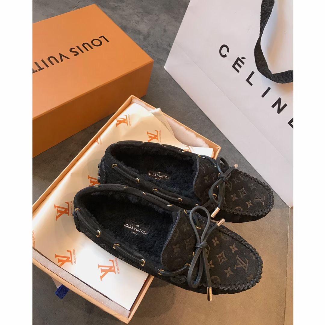 Louis Vuitton Туфли на овчине